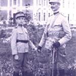 Mircea Eliade a dedicat Noaptea de Sanziene infiintarii Legiunii Arhanghelului Mihail – 24 iunie 1927. FOTO RARA cu elevul militar Corneliu Codreanu