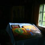 PELERINAJ IN MOLDOVA. Schitul Sihla – Bisericuta dintr-un lemn a Sfintei Cuvioase Teodora si chiliile din munte. FOTO