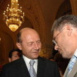 Basescu il primeste azi la Bucuresti pe presedintele interimar de la Chisinau. Vizita continua maine la Putna si la Iasi. Sondajul Roncea.ro: 81% pentru Unirea Republicii Moldova cu tara mama, Romania
