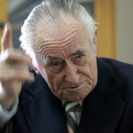 "A murit generalul Ion Stanescu, fondator al Unitatii Anti-KGB ""Grupa 20"", UM 0110 si ""Z"", in prezent desfiintata de SRI. Tot Ion Stanescu a avut sarcina sa-l cuminteasca pe agentul NKVD Leonid Tisminetki alias Leonte Tismaneanu"