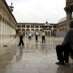 Moscheea Omeiazilor din Damasc. FOTO din expozitia jurnalistilor Cristoiu, Francu, Al Haddad, Teodorescu, Roncea, vernisata azi la Uniunea Arabilor din Romania. Plus Video