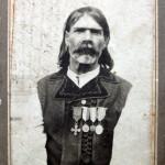 Dumitru Amariei, caprar roman la Razboiul de Independenta de la 1877. Fotografie cu stramosul unui cititor al Roncea.ro, erou din Darmanesti, judetul Bacau