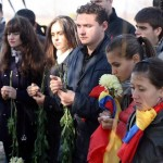 Tineri basarabeni.ro la slujba in memoriam Doina si Ion Aldea Teodorovici Oct 2010