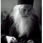 Hristos S-a născut! Parintele Justin: Nicio altă ţară nu se poate compara cu suferinţa martiriului neamului românesc