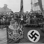 Băsescu la Moraru, despre afirmaţiile privindu-l pe Regele Mihai: Nu am ce retracta. Un şef de stat nu-şi abandonează poporul. Presedintele e gata sa plece de la Cotroceni in 2012. FOTO: Regele Mihai, de la Hitler si Stalin la Iliescu