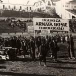 "Reactia MAE rus dovedeste ca toti ""intelectualii revoltati"" din cauza de Antonescu si Basarabia sunt ""slugile Rusiei"". Basescu se intreaba daca mai exista URSS. ""Societatea civila"" raspunde, intr-un singur glas: ""Traiasca Armata Rosie eliberatoare!"""