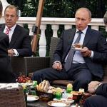 Basescu injurat cordial, de 4 iulie, si de ambasadorul SUA la Bucuresti si de ambasadorul Rusiei la NATO