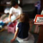 La Pro Vita Plopul face Pere. Campanie umanitara: Copiii de la Valea Parului