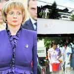 "EXCLUSIV Ziaristi Online: Daniela Andreescu – RAAPPS zboara din Palatul Victoria! Preşedintele Băsescu i-ar fi cerut lui Boc demiterea secretarului general al Guvernului. UPDATE: Mediafax confirma situatia Danielei – ""Patru case"""