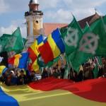 """Ziaristi Online: CONTROVERSE. Partidul Naționalist va fi un partid de dreapta SAU NU VA FI DELOC! """"Prin complicităţi şi trădări, am ajuns să dăm judeţe întregi urmaşilor grofilor!"""" INTERVIU. Prof Turianu despre Dreptul la imagine. OPINIE"""