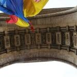 Plangere Penala in Cazul Arcul de Triumf, pe adresa Primariei Capitalei, Oficiului pentru Monumente Istorice si a Ministerului Culturii. Administratia Prezidentiala si autoritatile Romaniei au fost sesizate oficial inca din iunie 2011 de catre un ofiter in rezerva al SRI