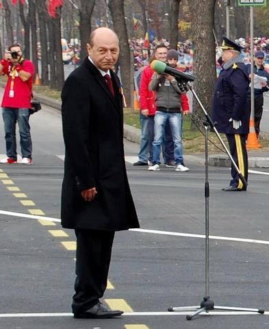 Basescu naspa rau