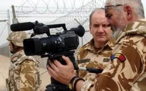 Benone-Neagoe-si-Gabriel-Cobasnian-in-Afganistan-Ziaristi-Online-Premiile-UZP
