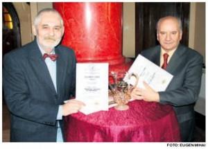 Gabriel Cobasnian si Benone Neagoe la Premiile UZP 2012 - Foto Eugen Mihai