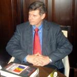 """Larry Watts: """"Obsesiile strategice ale ruşilor blochează şi în prezent relaţiile dintre România şi Moldova"""". INTERVIU. DEZVALUIRI: Tatal lui Patapievici a fost consilierul sovietic sub acoperire care a bagat la Canal """"Lotul de la Finante"""". PREMII: Eminescu, ziaristul"""