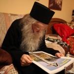 Icoane, fotografii si oameni frumosi din Sapanta. Un Calendar ortodox inchinat Parintelui Justin Parvu, realizat de Cristina Nichitus Roncea. Eseu FOTO despre neam si credinta