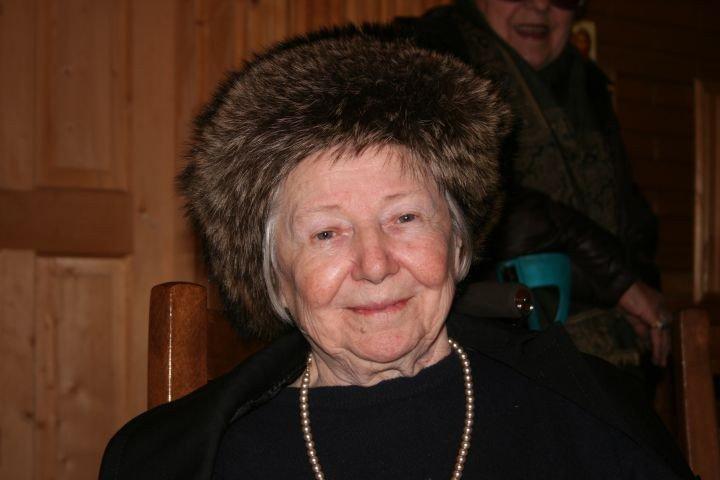 Preoteasa-Adriana-Calciu sotia Parintelui Gheorghe Calciu Dumitreasa
