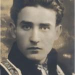 """Profeţia lui Valeriu Gafencu din poemul testamentar """"Rămas bun"""": """"Nu plangeţi că mă duc de lângă voi Şi c-o să fiu zvârlit ca un gunoi Cu hoţii în acelaşi cimitir, Căci crezul pentru care m-am jertfit Cerea o viaţă grea şi-o moarte de martir."""""""