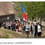 Minunea din Doboi. Doi tineri din Braşov şi Făgăraş au reuşit să mobilizeze întreaga ţară pentru copiii ultimilor români din teritoriile ocupate, Harghita şi Covasna. FOTO/VIDEO