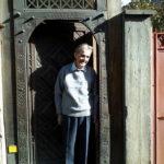 Cerşetorul şi Moş Nicolae din Şcheii Braşovului. La moartea domnului Purcărea (+25 septembrie 2015)