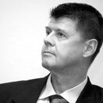 """Ziaristi Online: De Ziua Americii Larry Watts a spulberat propaganda hungro-bolsevica dusa de brigazile rosii ale lui Vladimir Tismaneanu: """"Europa si SUA ar trebui sa-i fie recunoscatoare Romaniei"""""""